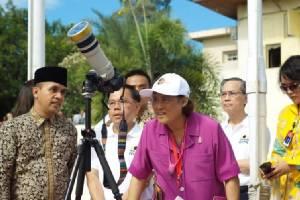 """สมเด็จพระเทพฯ ทอดพระเนตร """"สุริยุปราคาเต็มดวง"""" ณ อินโดนีเซีย"""