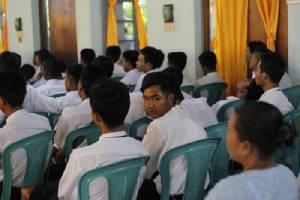 กองทัพพม่าปลดประจำการทหารเด็ก 46 คน