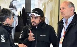 """ปธ.แม็คฯโวยหมอ F1 ห้าม """"อลอนโซ"""" ลงแข่ง"""