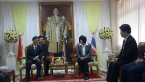 """ทูตเวียดนามนั่งรถไฟย้อนรอย """"ลุงโฮ"""" หารือผู้ว่าฯ สร้างศูนย์มิตรภาพสองชาติที่พิจิตร"""