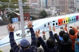 ชินคันเซน คิวชู เตรียมเดินรถทั้งสาย เร่งช่วยเหลือผู้ประสบภัยแผ่นดินไหว