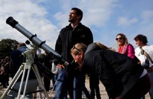 """นาซาจับตาปัจจัย """"ดาวพุธ"""" หดตัวระหว่างผ่านหน้าดวงอาทิตย์"""