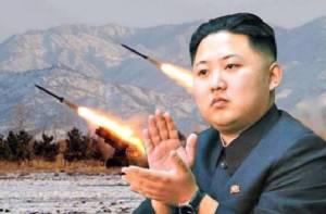 """ญี่ปุ่นวิเคราะห์ """"คิมจองอึน"""" ใส่สูทไม่ใช่แค่ """"แต่งหล่อ"""""""