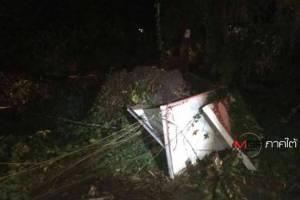 พังงาฝนตกหนักลมกระโชกแรงต้นไม้ล้มทับสายไฟฟ้า บ้านประชาชนเสียหาย