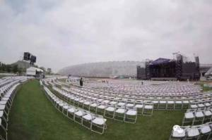 รุ่งอรุณแห่งวัฒนธรรม! แฟนเพลงเซี่ยงไฮ้ 6,000 คนแห่ร่วมเทศกาลดนตรี งานจบแล้วแต่ลานคอนเสิร์ตยังสะอาดเอี่ยมไร้ขยะ  (ชมภาพ)