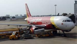 """เวียดเจ็ตแอร์เซ็นซื้อโบอิ้ง 737 MAX200 จำนวน 100 ลำ $11,300 ล้าน รับ """"โอบามา"""" เยือน"""