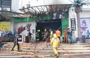 ไฟไหม้ร้านตะวันแดงฯ ราษฎร์บูรณะ ลามฟิตเนส ลูกค้าดับ 2 รายหลังนำส่ง รพ.