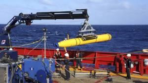 """สภาพอากาศเลวร้ายทำการค้นหา MH370 ตลอดเดือนที่แล้ว """"ไม่คืบ"""" คาดปิดฉากได้ภายในเดือน ส.ค."""