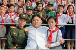 จีนสั่งแบนส่งออกเทคโนโลยีต่อเกาหลีเหนือ ลงโทษทดสอบนิวเคลียร์  - ธิงแทงก์สหรัฐฯอ้าง คิม จอง อุน อาจมีนุกครอบครองไม่ต่ำกว่า 21