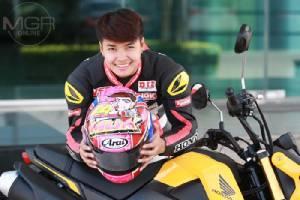 """""""มุกข์ลดา สารพืช"""" นักบิดหญิงแชมป์เอเชีย ผู้สร้างชื่อเสียงให้ประเทศไทยที่คนไทย(ส่วนใหญ่)ยังไม่รู้จัก"""