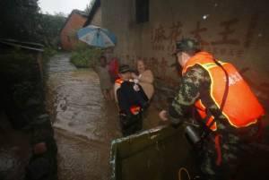 ยอดเสียชีวิตจากฝนตกหนักในจีน ร่วม 200 คน คาดอุทกภัยหนักกว่านี้ในสัปดาห์นี้ (ชมภาพ)