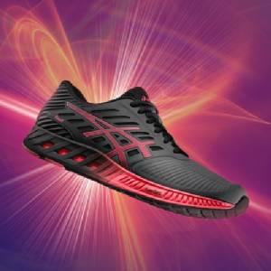 ASICS เปิดตัวรองเท้าวิ่งคอลเลกชั่น fuzeX