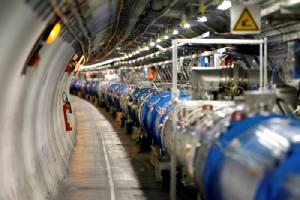 """นักฟิสิกส์ """"เซิร์น"""" มอง """"สสารมืด"""" หายากกว่า """"ฮิกกส์"""""""