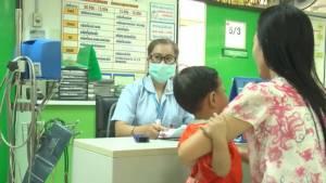 ระวัง! หน้าฝนโรคมือเท้าปากระบาด ขอนแก่นพบผู้ป่วยแล้วกว่า 400 คน(ชมคลิป)