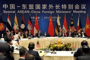'อาเซียน'งดแตะคำตัดสิน'ศาลเฮก' สหรัฐฯก็หนุนชาติเอเชีย'เฉยไว้ก่อน'