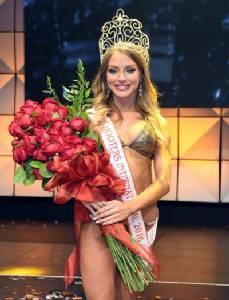 Miss Hooters International 2016