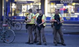 ประกาศภาวะฉุกเฉินปิดเมืองมิวนิกล่า 3 มือปืนกราดยิงกลางห้างฯ ยอดตาย 8 ศพ-ตร.เชื่อเป็นก่อการร้าย!