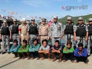 ทัพเรือภาค 2 จับกุมเรือประมงเวียดนาม 1 ลำ ลูกเรือ 7 คน รุกล้ำเขตน่านน้ำอ่าวไทย