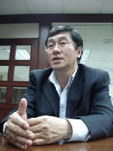 """ศาลฎีกาฯ นัดฟังคำสั่งคดี """"หมอเลี้ยบ"""" แปลงสัญญาไทยคมเอื้อเครือชินคอร์ปพรุ่งนี้"""