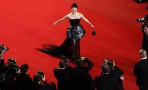 ซูเปอร์สตาร์ จาง จื่ออี๋ เข้าร่วมวงหมู่ดาวแห่งปฏิทินดังโลก Pirelli ปี 2017 ที่เน้นนางแบบมากฝีมือ ลดโชว์เนื้อหนัง