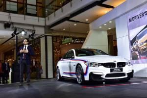 BMW Xpo 2016 รถเด่น-ห้างหรู-แอร์เย็น ไม่ซื้อไม่ว่ากัน