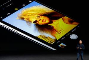 สังคมขี้อวด! iPhone 7 จนอย่างมีระดับ สร้างหนี้อย่างมีสไตล์!?