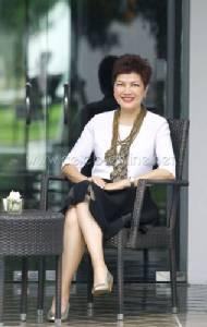 """อลิสา โลหิตนาวี มือเทรน """"บัตเลอร์"""" หนึ่งเดียวของไทย"""