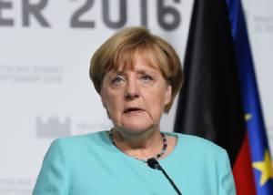 """ผู้ลี้ภัยทำพิษ! พรรค """"แมร์เคิล"""" พ่ายแพ้ครั้งประวัติศาสตร์ในศึกเลือกตั้งที่ """"เบอร์ลิน"""" คนแห่เทคะแนนหนุน """"ขวาจัด"""""""