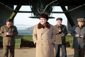 """เซอร์ไพรส์ต่อเนื่อง!! เกาหลีเหนือโอ่ทดสอบ """"เครื่องยนต์จรวดพลังงานสูง"""" รุ่นใหม่สำเร็จอีก คาดยิงดาวเทียมฉลองวันก่อตั้งพรรคแรงงาน 10 ต.ค."""