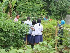 ร.ร.บ้านแหร จ.ยะลา ส่งเสริมโครงการลดเวลาเรียน เพิ่มเวลาเรียนรู้ เสริมทักษะอาชีพให้เด็ก