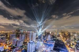 """เล่นใหญ่เล่นปัง! เปิดใจ """"สรพจน์"""" เจ้าของตึกสูงสุดของไทย"""