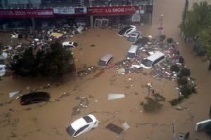 """""""ไต้ฝุ่นชบา"""" คร่าชีวิตคน 6 ศพในเกาหลีใต้ ทำน้ำท่วมโรงงานฮุนไดเสียหาย"""