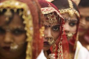 """สุดอึ้ง! องค์กรเพื่อเด็กเผย """"ทุกๆ 7 วินาที"""" จะมีเด็กหญิงอายุต่ำกว่า 15 ปี """"แต่งงาน"""""""