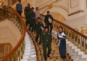 ทางการพม่าชี้เหตุการณ์โจมตีฐานชายแดนรัฐยะไข่ โยงกลุ่มมุสลิมหัวรุนแรง