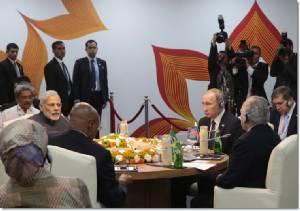 "InClips : ""โมดี"" ฮึกเหิม ""ชี้นิ้ว..ก่อการร้ายอยู่ข้างบ้าน"" หลังสั่งระบบต่อต้านอากาศยาน S-400 จาก ""ปูติน"" พร้อมลงนามข้อตกลงพลังงานกับรัสเซีย รับ BRICS ซัมมิต 2016"