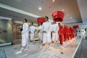 """""""ในหลวงรักเรา"""" พิพิธภัณฑ์จากความรักของพ่อต่อชาวไทย"""