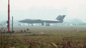 โลกจับตา! จีนเตรียมเปิดตัวเครื่องบินขับไล่ล่องหน J-20 เป็นครั้งแรก