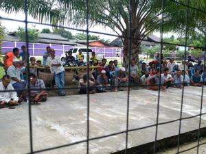 วิกฤต ร.ร.บางขุนทอง จ.นราฯ หลังชาวบ้านรวมตัวกว่า 500 คน ลุกฮือประท้วงไม่พอใจ