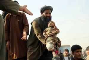 สหรัฐฯ คลั่งทิ้งบอมบ์ฆ่าพลเรือนอัฟกัน 30 ชีวิตรวมถึงเด็กทารก หลังทหารถูกตอลิบานจู่โจมสังหาร 2 นาย
