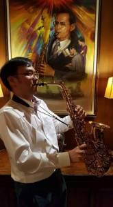 """หนึ่งในหลาย...หลายล้าน """"ดร.ภาธร ศรีกรานนท์"""" ผู้เล่นดนตรีร่วมกับในหลวง ตั้งแต่อายุ 12 !!"""