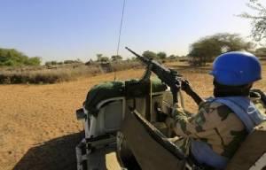 รถทหารรักษาสันติภาพ UN แล่นทับกับระเบิดในมาลี ดับอย่างน้อย 1 ศพ