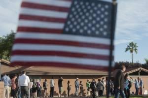 US Election In Pictures::ประมวลภาพบรรยากาศชาวอเมริกันแสดงพลังใช้สิทธิ์ในวันเลือกตั้ง 2016