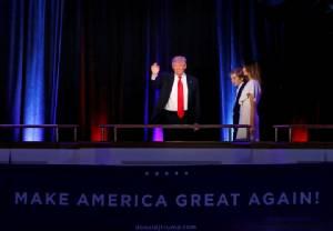 """US Elections: สิ่งที่ """"ทรัมป์"""" ประกาศจะทำใน 100 วันแรกของการครองทำเนียบขาว"""