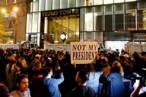 งามไส้ประชาธิปไตยสไตล์อเมริกัน ประท้วงกระจายทั่ว ปท.ต้านทรัมป์