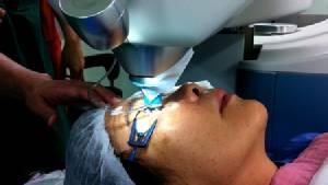 สธ.จับมือ 4 หน่วยงาน เร่งผ่าตัดผู้ป่วยตาต้อกระจกตกค้างให้หมดในปี 60 ถวายในหลวง ร.๙