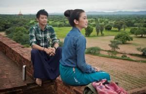 """""""ไซ ไซ คำ แลง"""" ควง """"น้ำหวาน พิไลพร"""" ท่องทะเลเจดีย์เมืองพุกาม เก็บภาพสวยแบบอันซีนในหนัง """"ถึงคน..ไม่คิดถึง From Bangkok To Mandalay"""""""