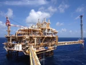 ปตท.ขู่ก๊าซฯ ในอ่าววูบใน 3 ปี หากยืดเยื้อไม่ประมูลบงกช-เอราวัณปี 60