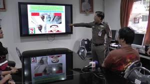 จับผู้รับเหมาก่อสร้างหนุ่มวิ่งราวทรัพย์ร้านสะดวกซื้อ 6 แห่ง ในตัวเมืองนนทบุรี
