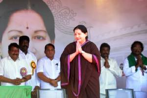 Mass grief as India political star Jayalalithaa dies