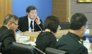 """บอร์ด สปสช.ไฟเขียวทำข้อเสนองบ """"บัตรทอง"""" ต่อเนื่อง 2 ปี คาดงบเพิ่มจากวัคซีนเอชพีวี-แพทย์แผนไทย"""